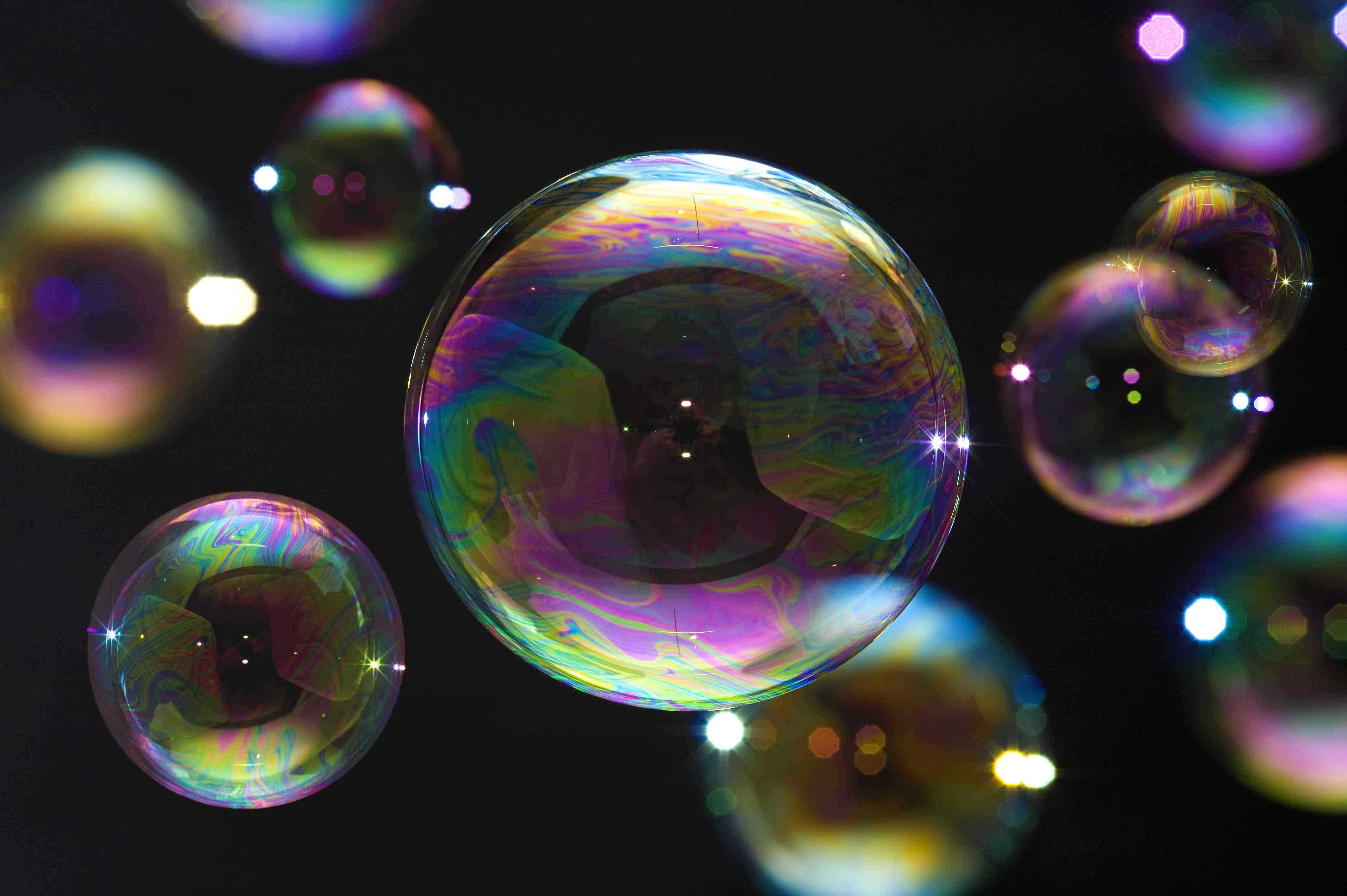 blowing-bubbles-small-113406397_0